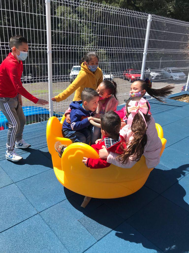 niños en recreo